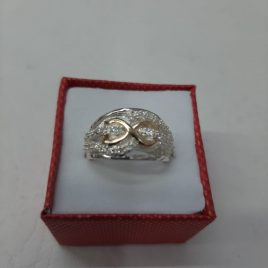 Anillo en oro-plata